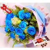 Mysterious Blue Rose Bouquet